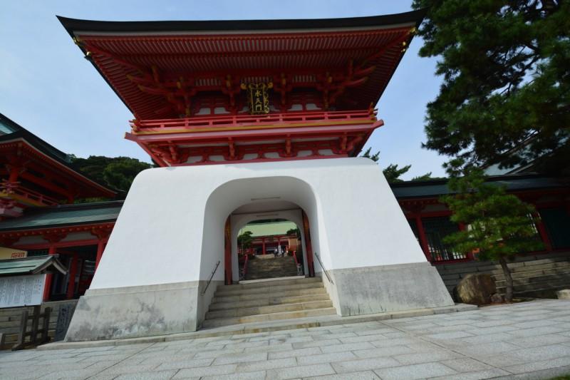赤間神宮正門